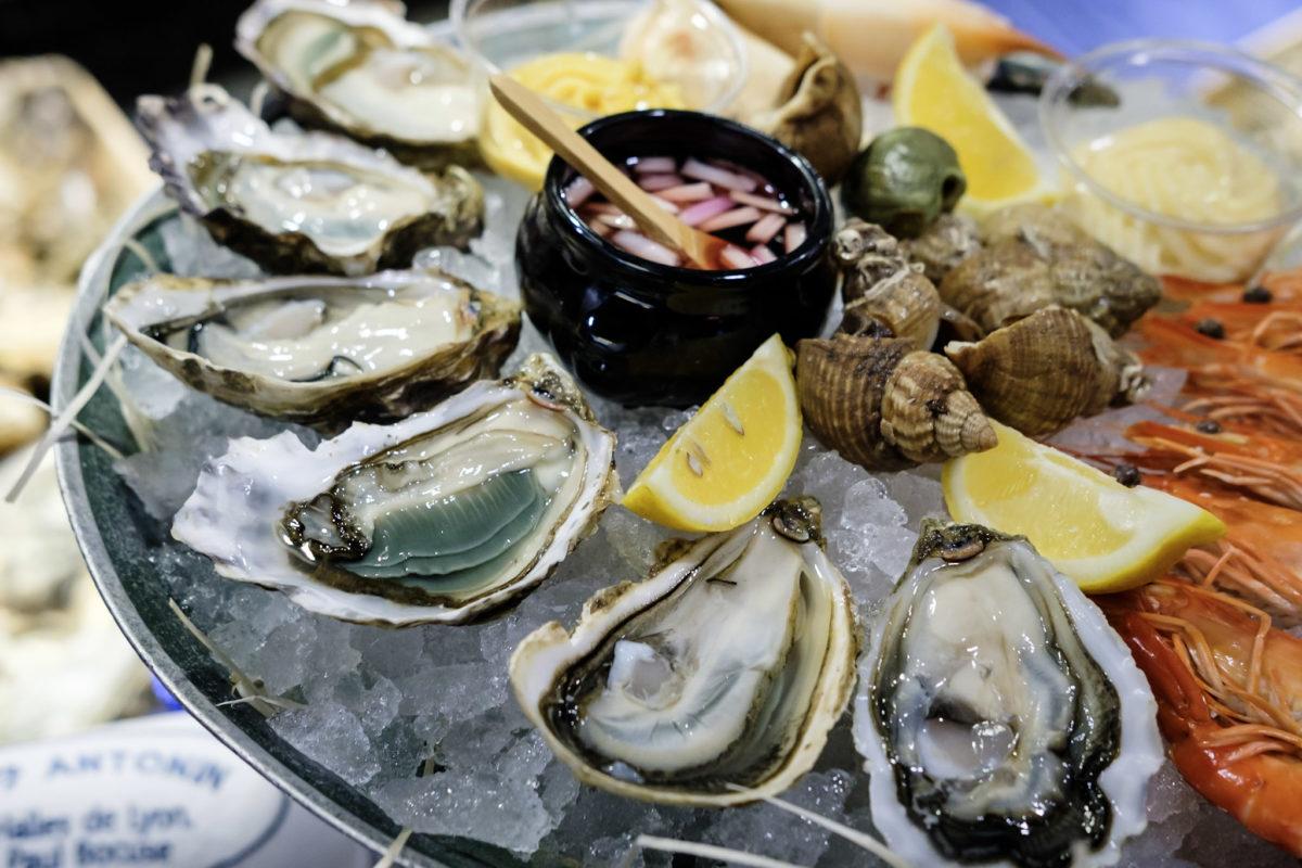 シーフードプラッター - 生牡蠣と海老
