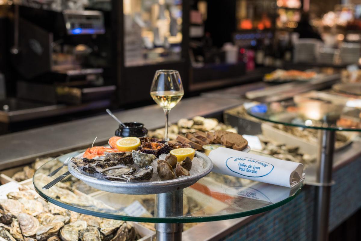 シーフードプラッター - 生牡蠣と貝類